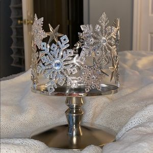 Bath & Body Works Snowflake 3-Wick Candle Holder